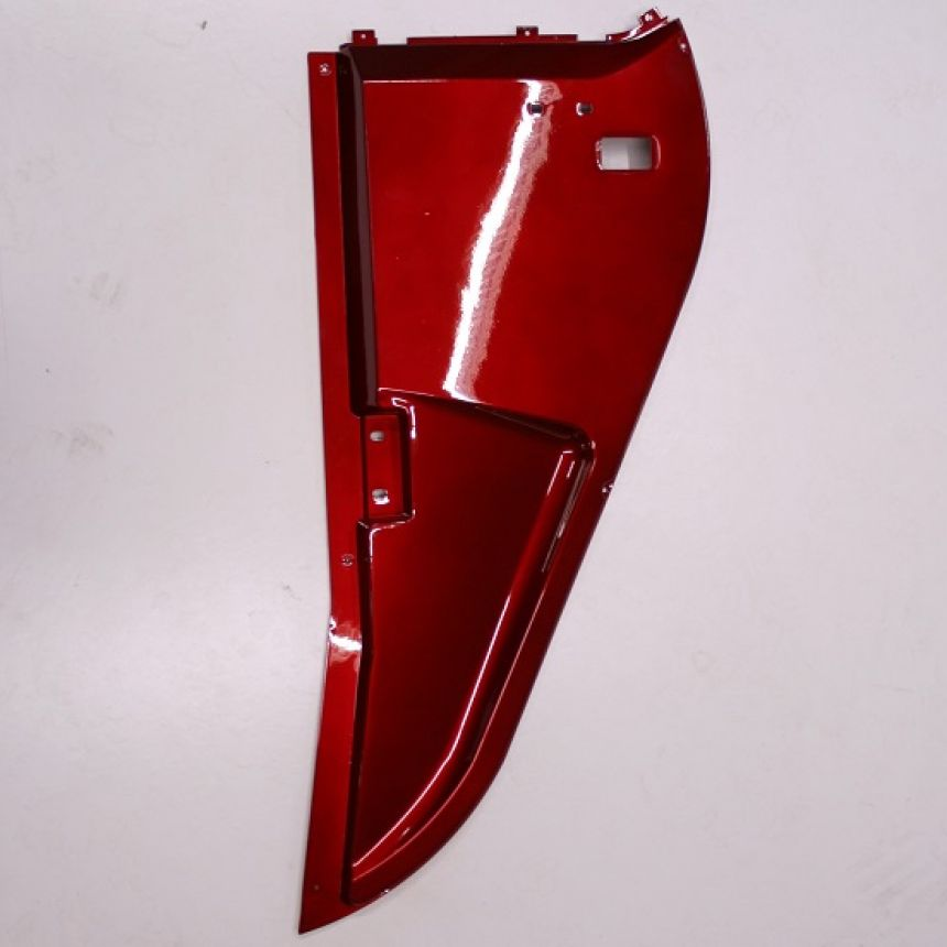 Autokruiser premium: Sivupaneeli oikea etu punainen