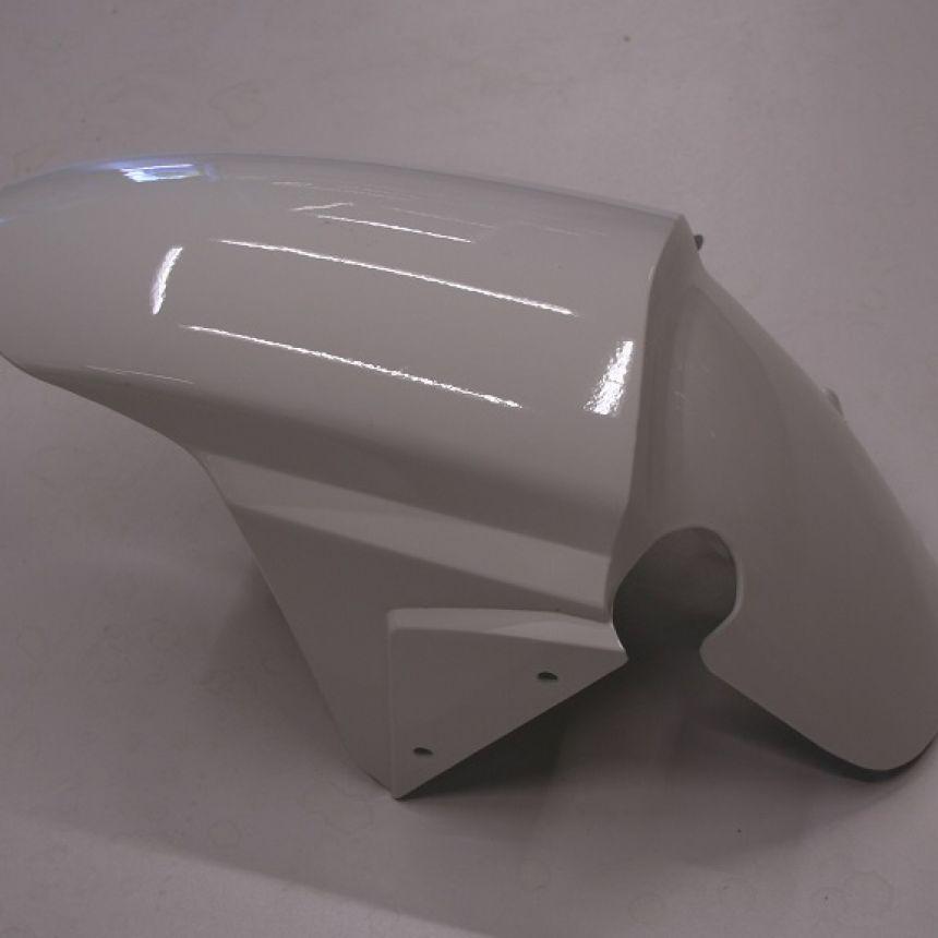 Autokruiser: Etulokasuoja valkoinen